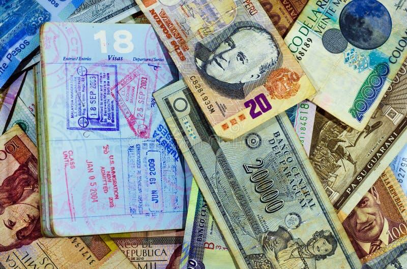 Paspoortzegels en Munt stock afbeelding
