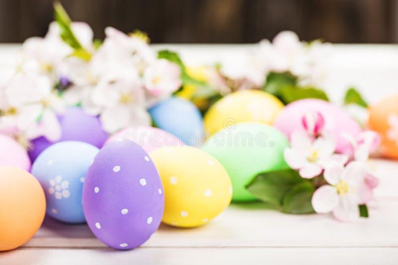 Download Pasqua fotografia stock. Immagine di tabella, molla - 117980614
