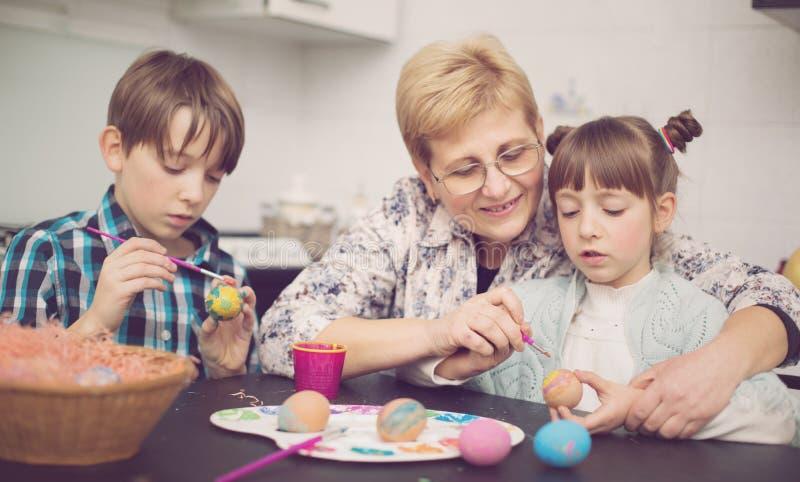 Pasqua, concetto 'nucleo familiare' fotografia stock libera da diritti