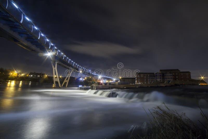 Passadiço de Castleford sobre o Rio Aire fotos de stock royalty free