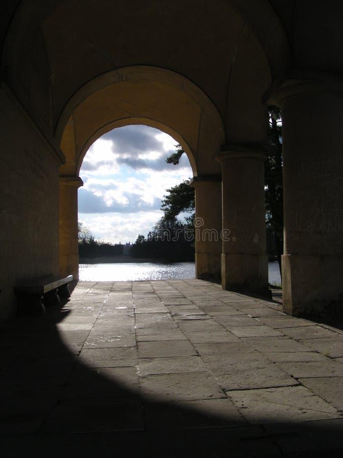 Passage arqué dans Lednice photos stock