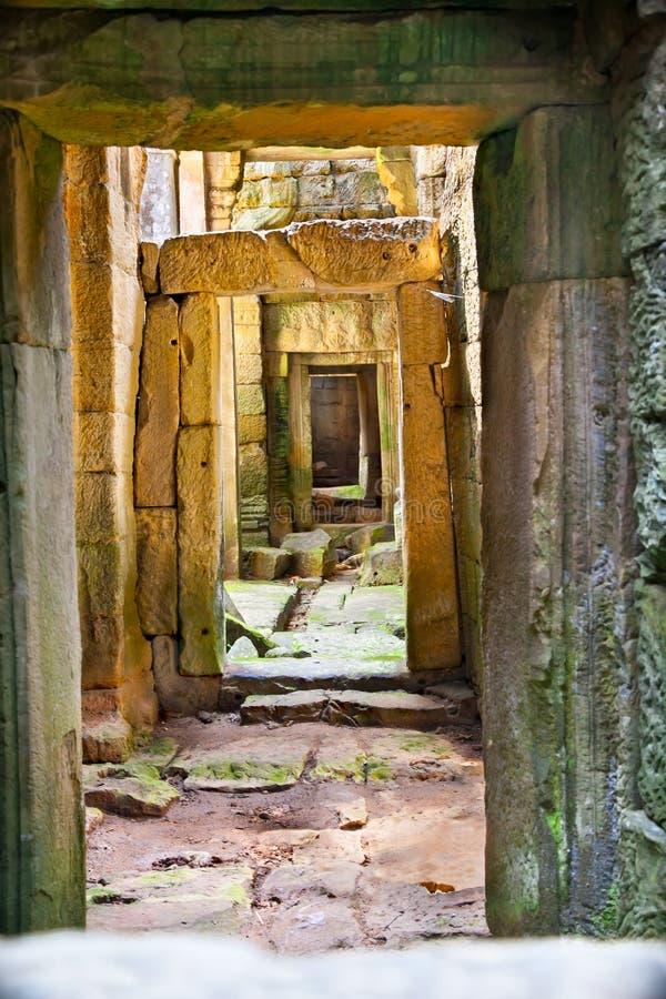 Passage av den Preah Khan templet, Cambodja arkivfoton
