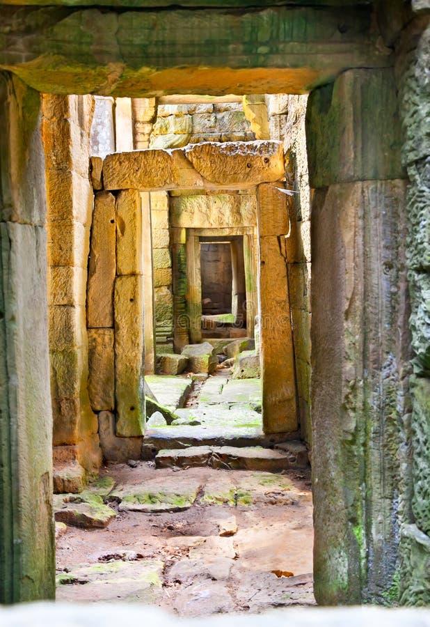 Passage av den Preah Khan templet i Angkor Wat, Cambodja arkivbild