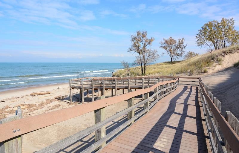 Passage couvert à échouer au parc d'état de dunes, Indiana photos libres de droits