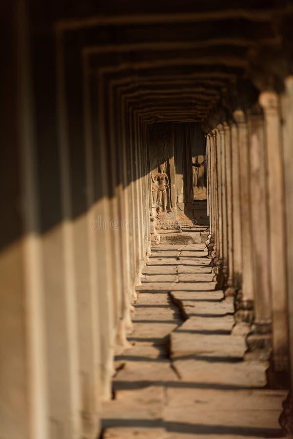 Passage couvert, Angkor Vat, Cambodge photographie stock