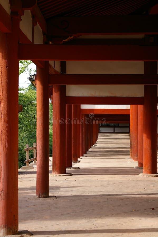 Passage couvert de temple photographie stock libre de droits