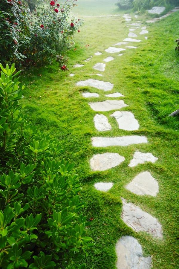 Passage couvert en pierre photos stock
