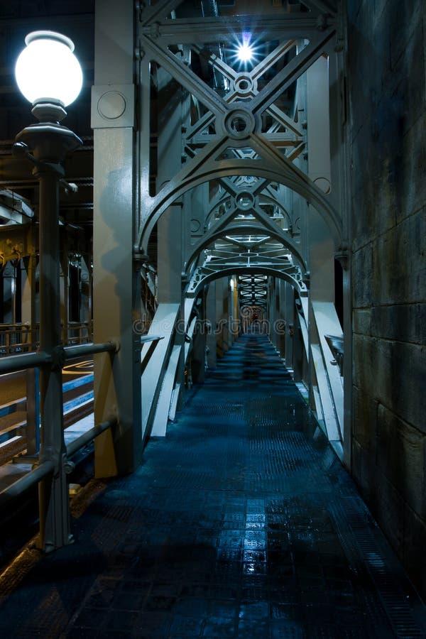 Passage couvert mystérieux photos stock
