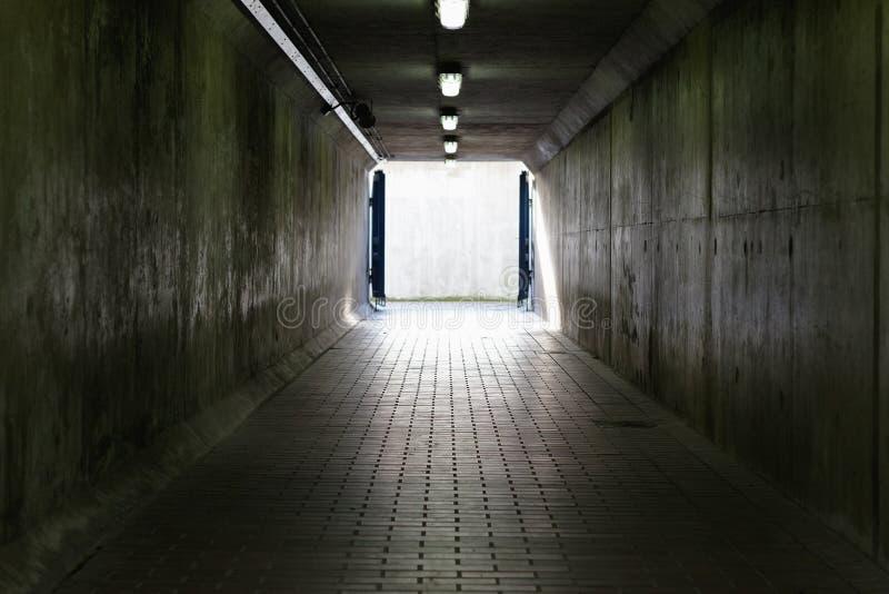 Passage de barrière de la Tamise à Londres photographie stock