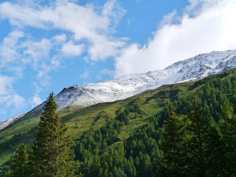 Passage de Bernina ou Passo del Bernina en Suisse photos libres de droits