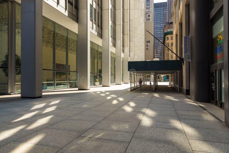Passage de Wall Street dans le secteur financier inférieur de NYC Manhattan du centre images libres de droits