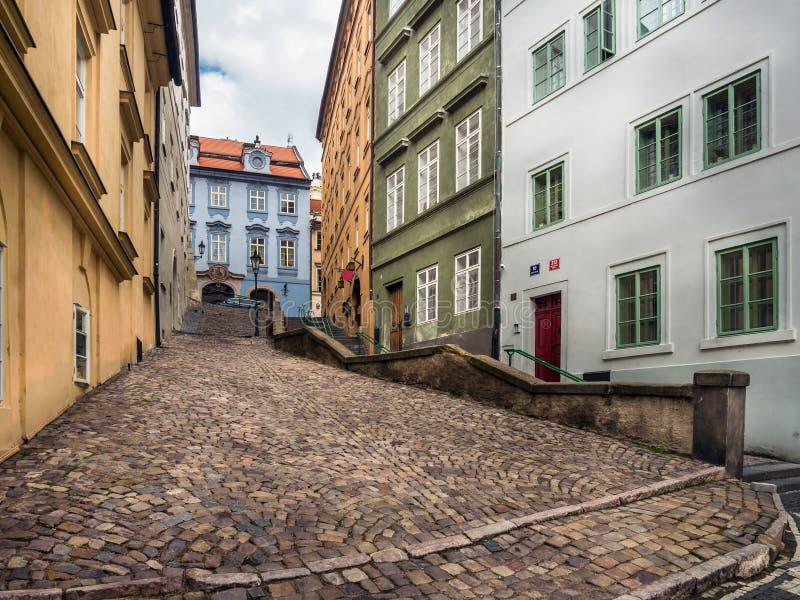 Passage in het Kasteeldistrict van Praag royalty-vrije stock foto