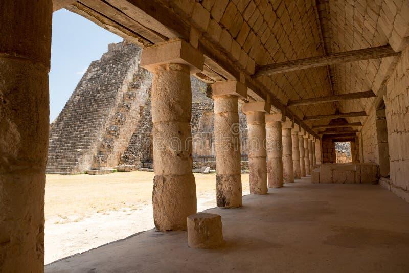 Passage maya antique images libres de droits