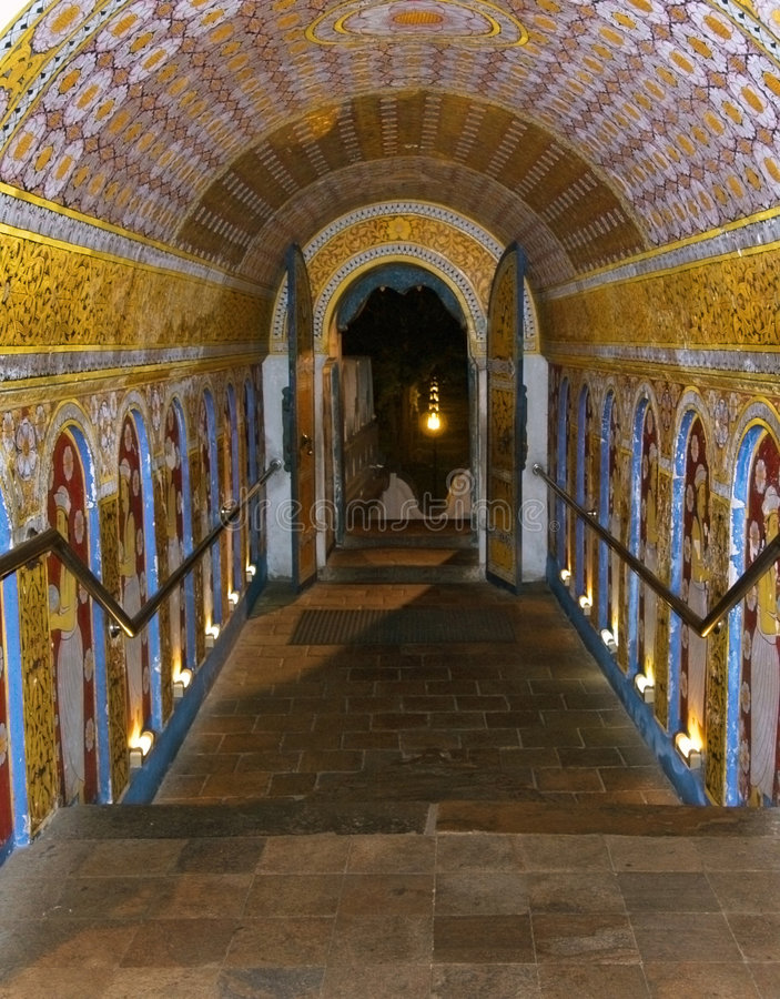 Download Passage Out Of Temple Of The Tooth Stock Photo - Image: 8643220