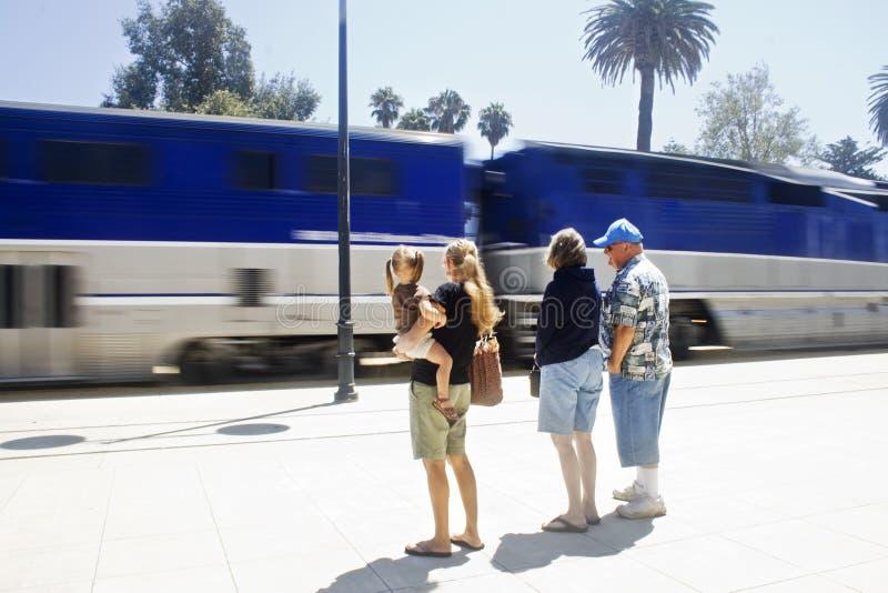 Passageiros do trem fotografia de stock