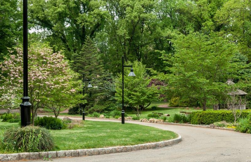 Passagem ao jardim fotografia de stock royalty free