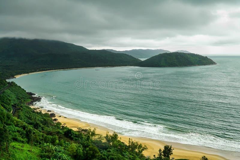 Passagem de Hai Van foto de stock royalty free