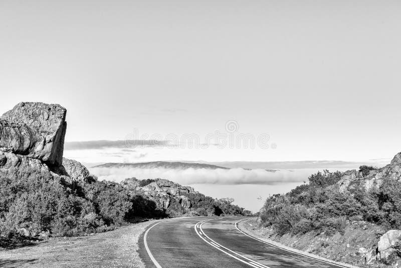 Passagem de Pakhuis nas montanhas de Cederberg monocromático imagem de stock royalty free