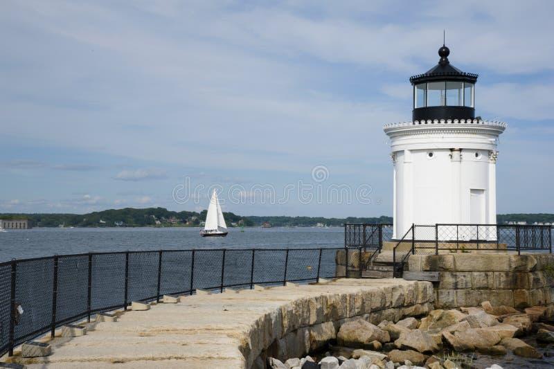 Passagem de pedra original a Maine Lighthouse imagens de stock royalty free