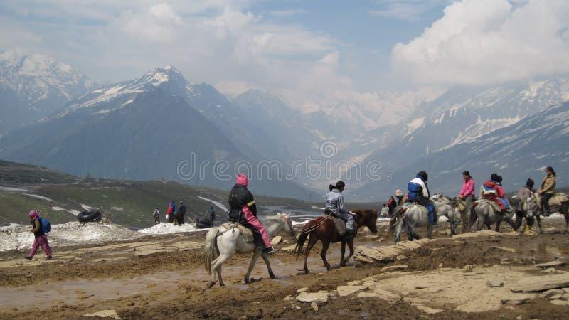 Passagem de Rohtang nos Himalayas imagens de stock
