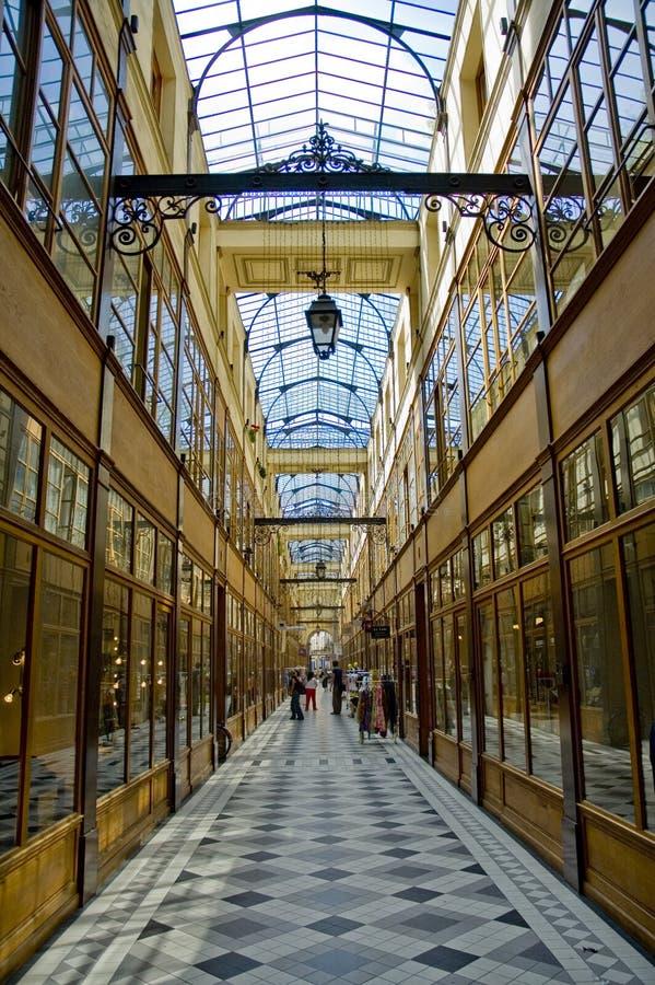 Passagem du Grande Cerf em Paris foto de stock