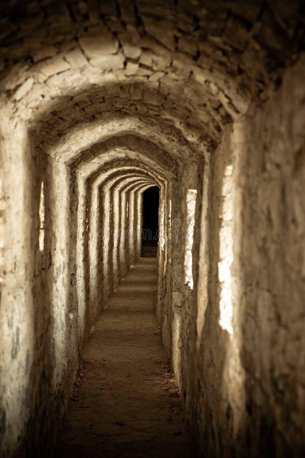 Passagem no castelo imagens de stock