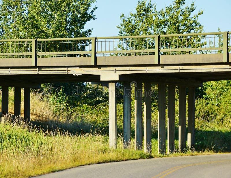 Passagem superior da estrada secundária foto de stock