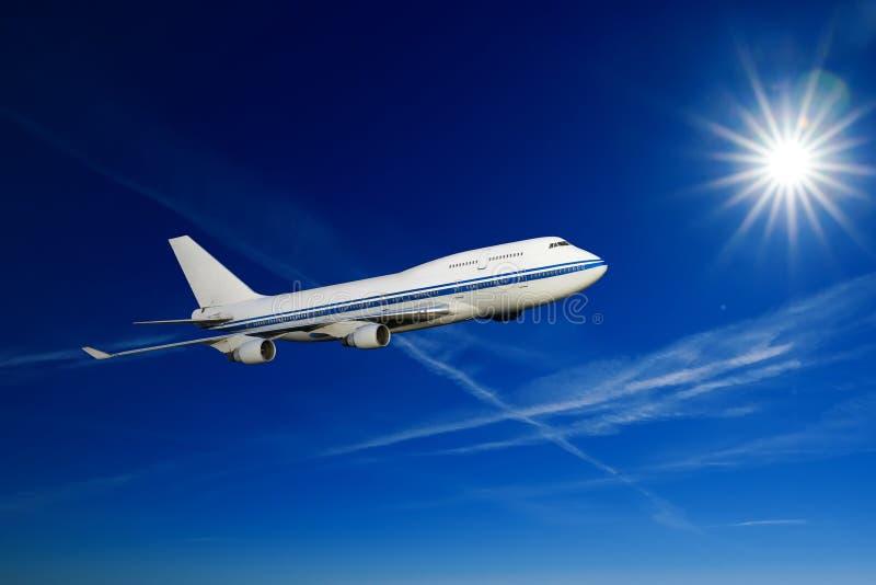 Passagerareflygplan i oklarheterna royaltyfri foto