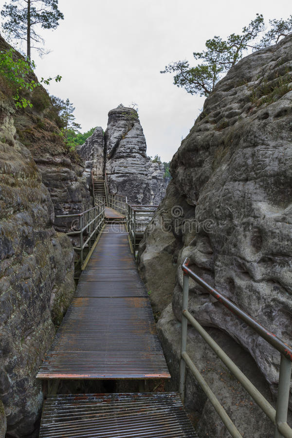 Passaggio pedonale al Bastei immagini stock libere da diritti