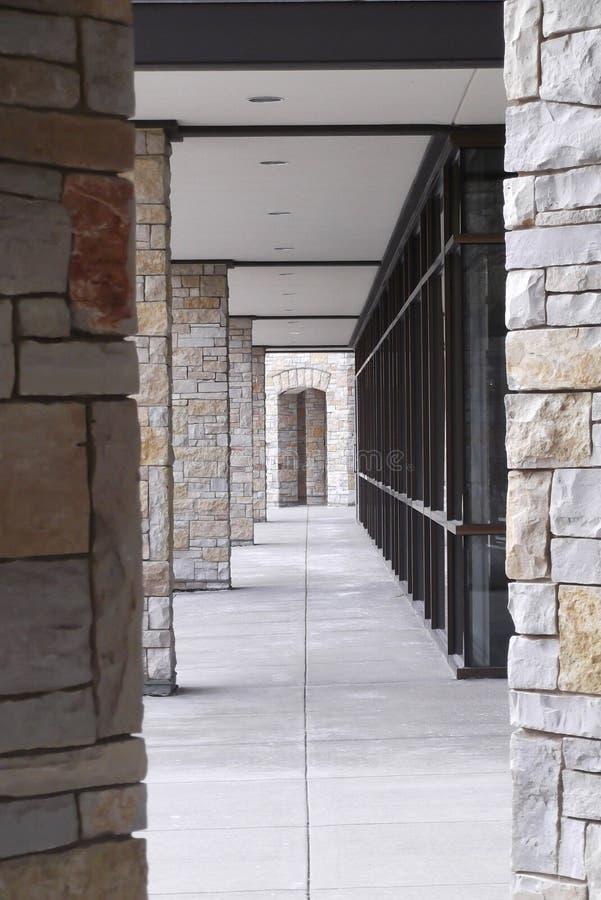 Passaggio pedonale architettonico immagini stock libere da diritti