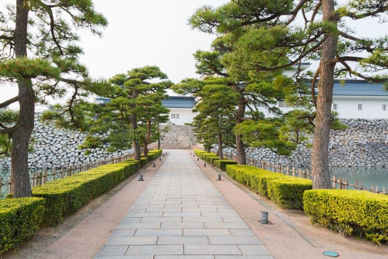 Passaggio pedonale in punto di riferimento storico del castello di Toyama a Toyama Giappone fotografia stock libera da diritti