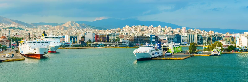 Passagiershaven Piraeus, Athene stock foto's