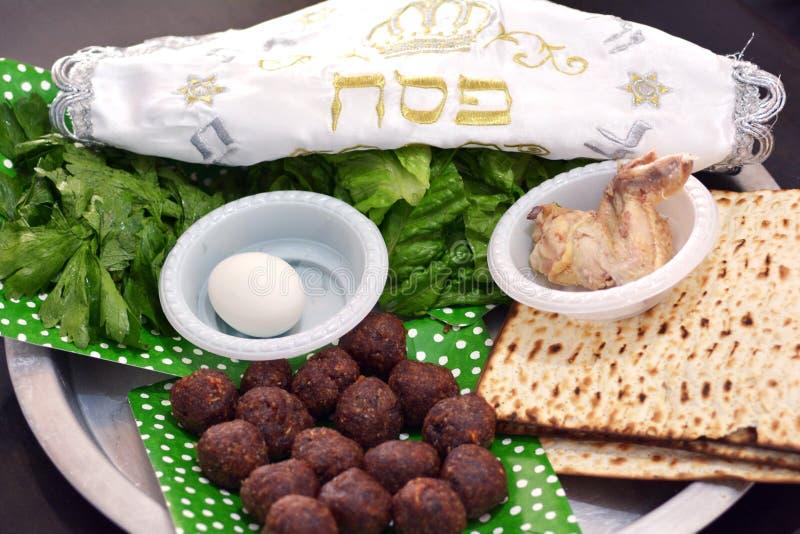 Passahfest seder Platte - jüdische Feiertage stockbild