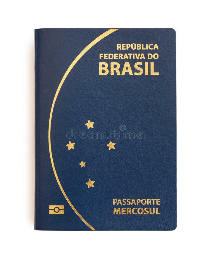 Passaporte brasileiro no fundo branco imagens de stock royalty free