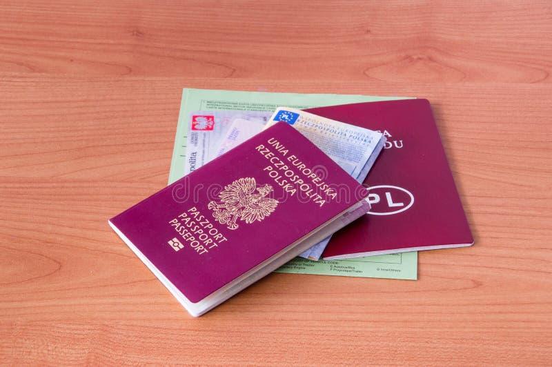 Passaporte polonês dos documentos, identificação, licença de motorista, certificado de matrícula do veículo, licença do veículo e imagem de stock royalty free