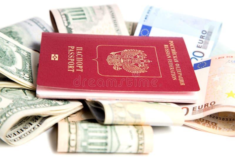 Download , Passaporto Russo E Valuta Immagine Stock - Immagine di federazione, d0: 56879565