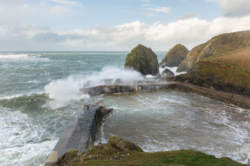 Passare tempesta, baia del montante, Cornovaglia fotografia stock libera da diritti