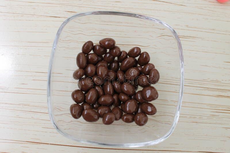 Passas deliciosas do chocolate foto de stock royalty free
