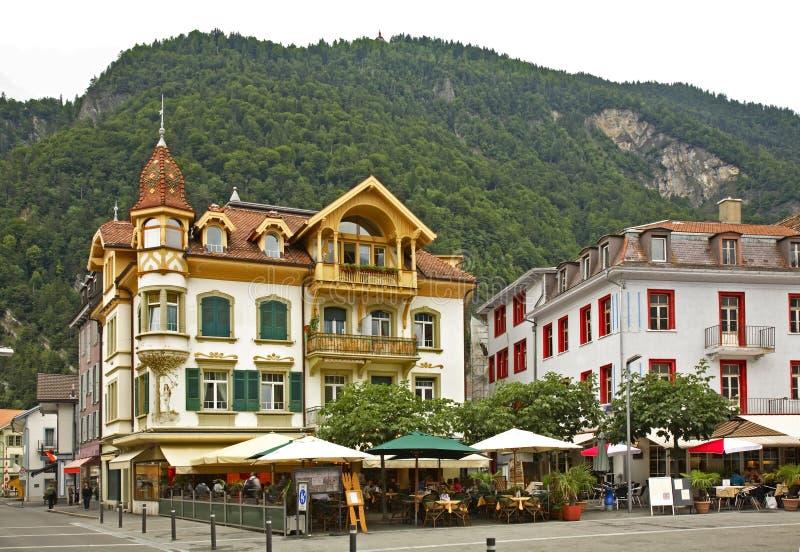 Passeggiata di Hoheweg a Interlaken switzerland immagine stock