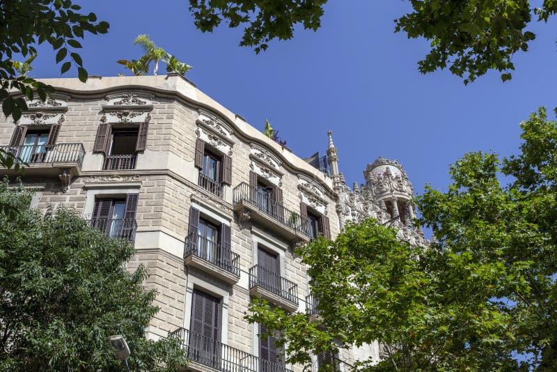 Passeig de Gràcia aveny i Barcelona fotografering för bildbyråer