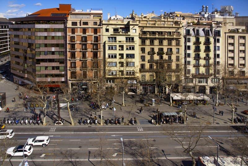 Passeig de Gracia gata i Barcelona, Spanien arkivbild