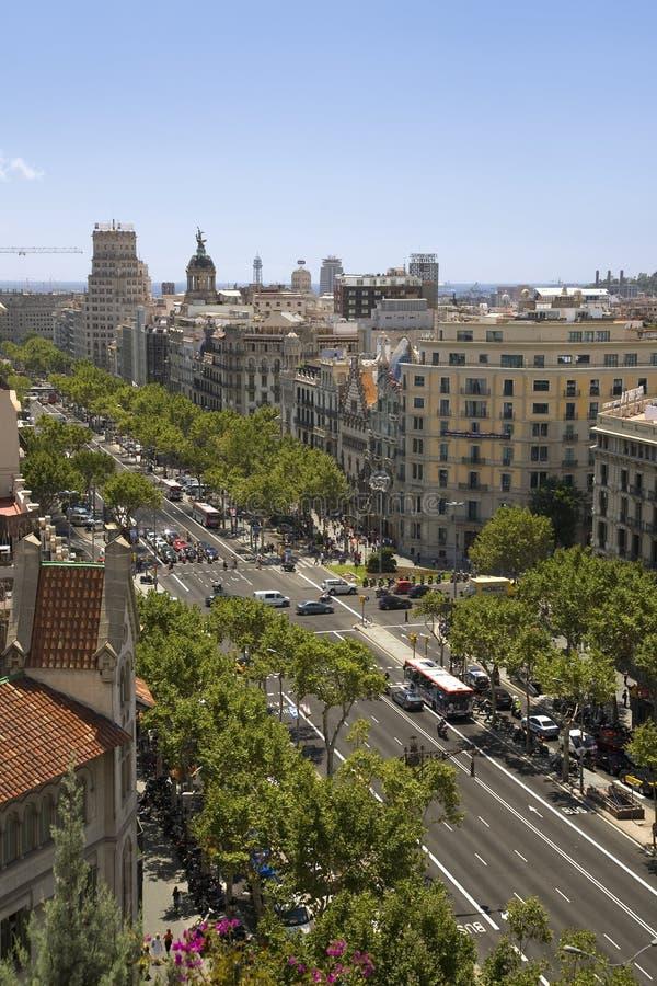Passeig de Gri? ¿ ½ cia街道在扩展区区,巴塞罗那,西班牙,欧洲鸟瞰图  库存照片