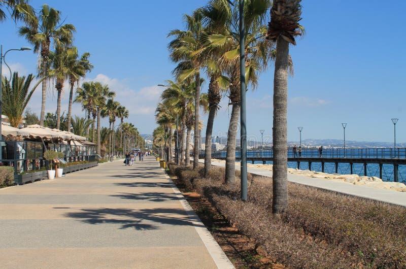 Passeio de Limassol Molos na primavera imagem de stock royalty free