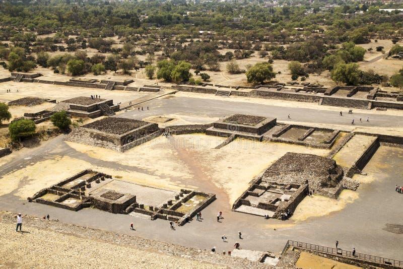 Passeio em torno de Teotihuacan fotografia de stock royalty free