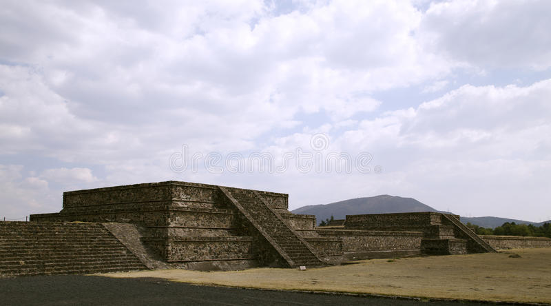 Passeio em torno de Teotihuacan fotografia de stock