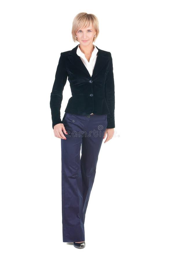 Passeio louro atrativo novo da mulher de negócios. fotografia de stock