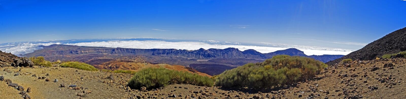 Passeio na montanha em torno do vulcão de Tede na tarde fotos de stock royalty free