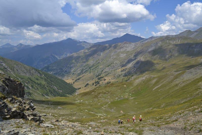 Download Passeio Nos Mounains Franceses Foto de Stock - Imagem de montanhas, francês: 26514138