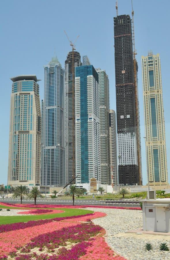 Opinião da rua em Dubai foto de stock