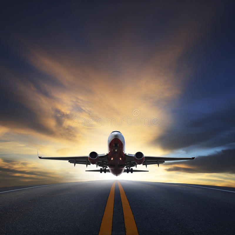 Free Passenger Plane Take Off From Runways Against Beautiful Dusky Sk Royalty Free Stock Photography - 40987577